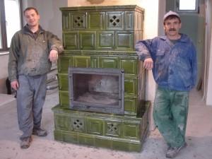 Kominek kaflowy zielony, zielone kafle, wykonawca: Firma ZDUNMAR Marcin Głogowski www.zdunmar.pl