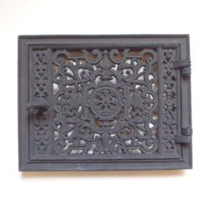 drzwiczki żeliwne ażurowe prostokatne jednoskrzydłowe 00031